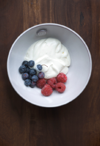 Berries and yoghurt